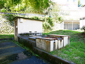 190516-2-1BEFORE(中庭).jpg